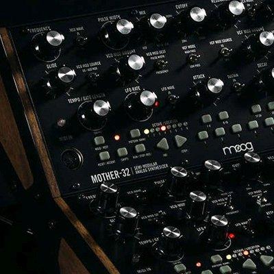 semi modular synthesizer by moog music